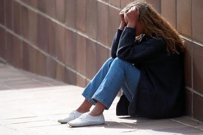 Κατάθλιψη: Πως «κρύβεται» στην καθημερινότητά μας