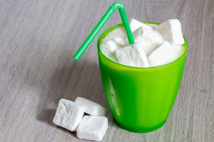Φόρο στα αναψυκτικά με ζάχαρη ενέκρινε η Εσθονία