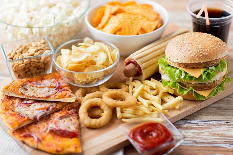 κατεργασμένες τροφές
