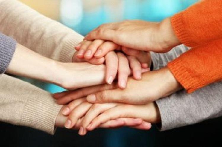 Φίλοι και οικογένεια «ρίχνουν» το σάκχαρο και βοηθούν στην αντιμετώπιση του στρες της νόσου