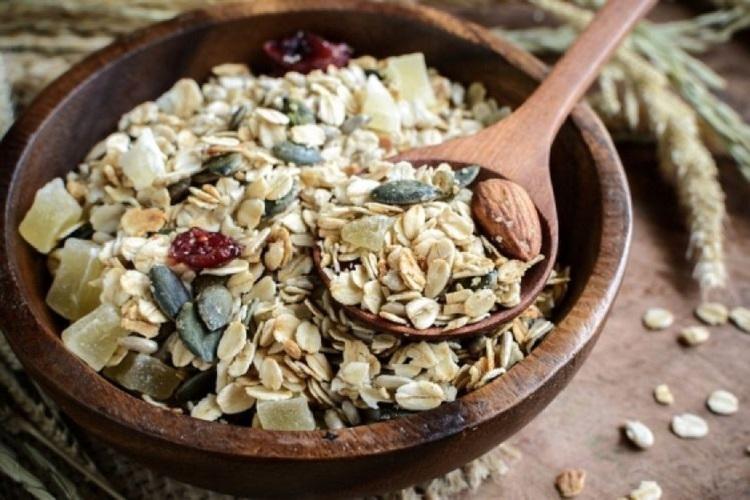 Δημητριακά ολικής άλεσης: Υδατάνθρακες, Θερμίδες και Διατροφική αξία
